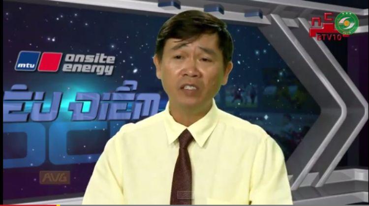 Nhà báo Nguyễn Nguyên